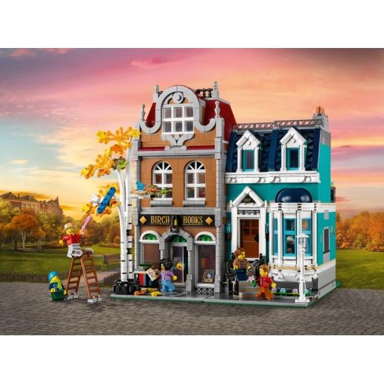 Конструктор LEGO Creator Expert 10270 Книжный магазин