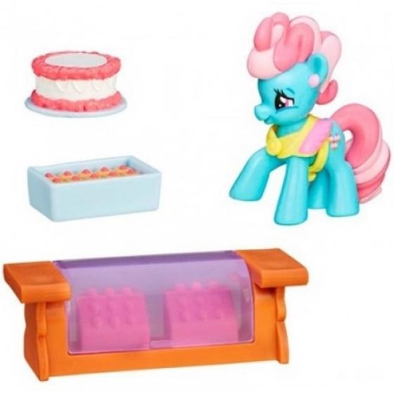 Мини-фигурка пони Миссис Кейк с аксессуарами, b3596 Hasbro